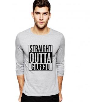 Bluza barbati gri cu text negru - Straight Outta Giurgiu
